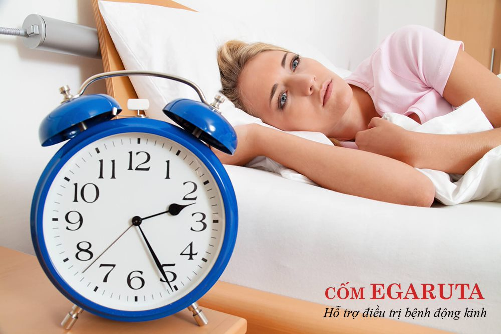 Khó ngủ, mất ngủ là những triệu chứng điển hình của rối loạn giấc ngủ